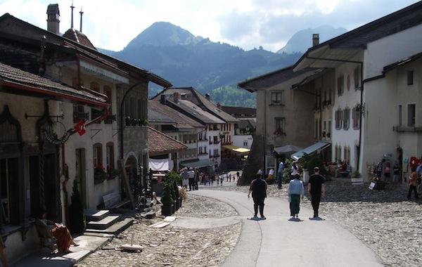 La vera Svizzera si nasconde a Gruyères …