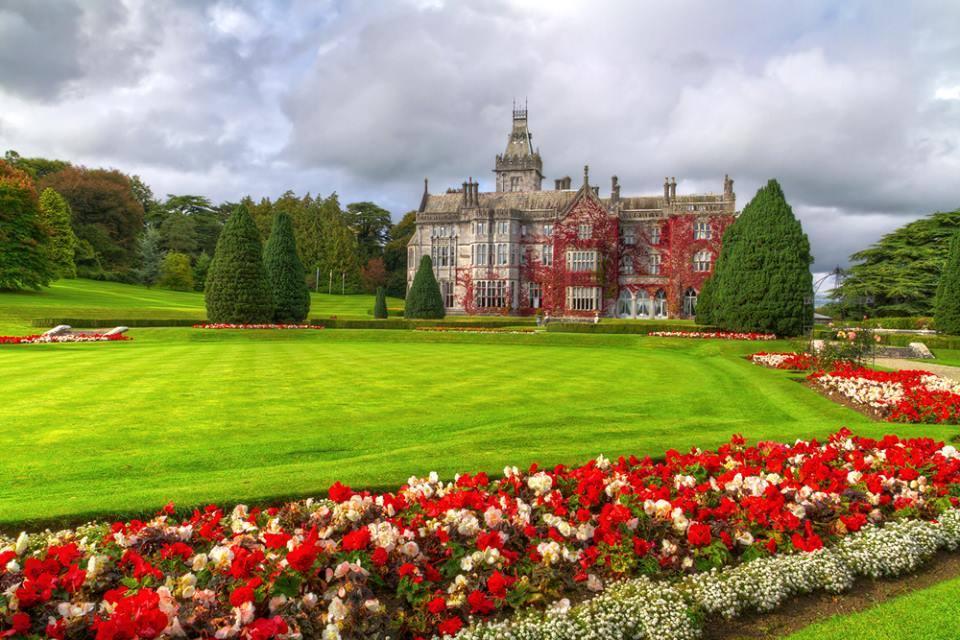 Adare Garden and Castle Red Ireland irlanda