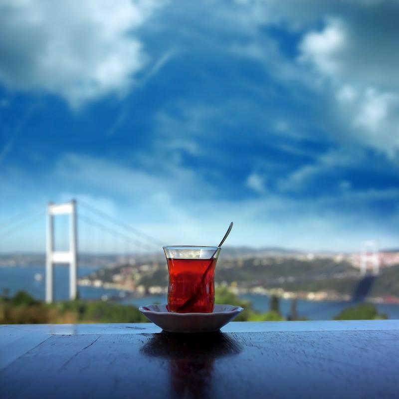 Buongiorno un thè verde per iniziare il viaggio di oggi