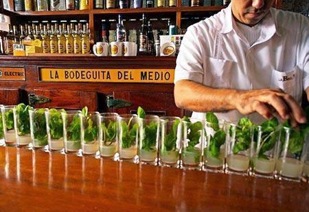 Cena con Mojito alla Bodeguita del Medio Havana Cuba