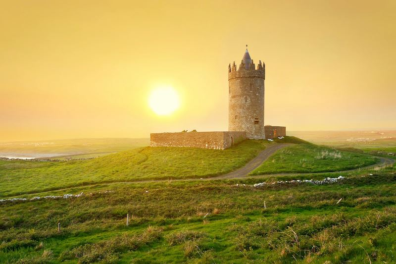 Doonagore castle Co