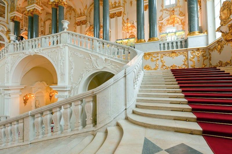 Entriamo Scalinata Hermitage_n