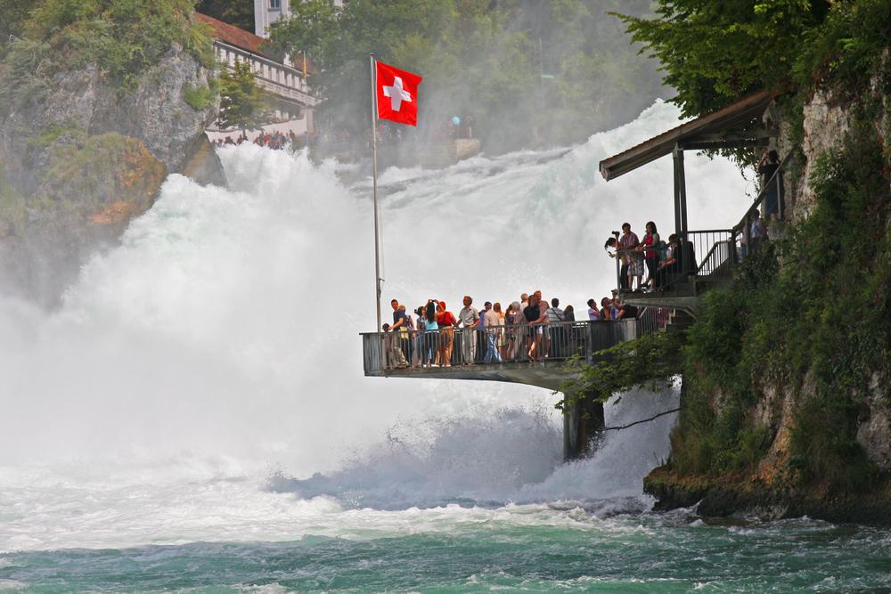 Le cascate del Reno a Schaffhausen in Svizzera il 29 luglio 2011