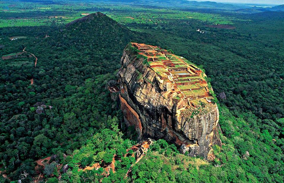 Lions Rochk Sri Lanka