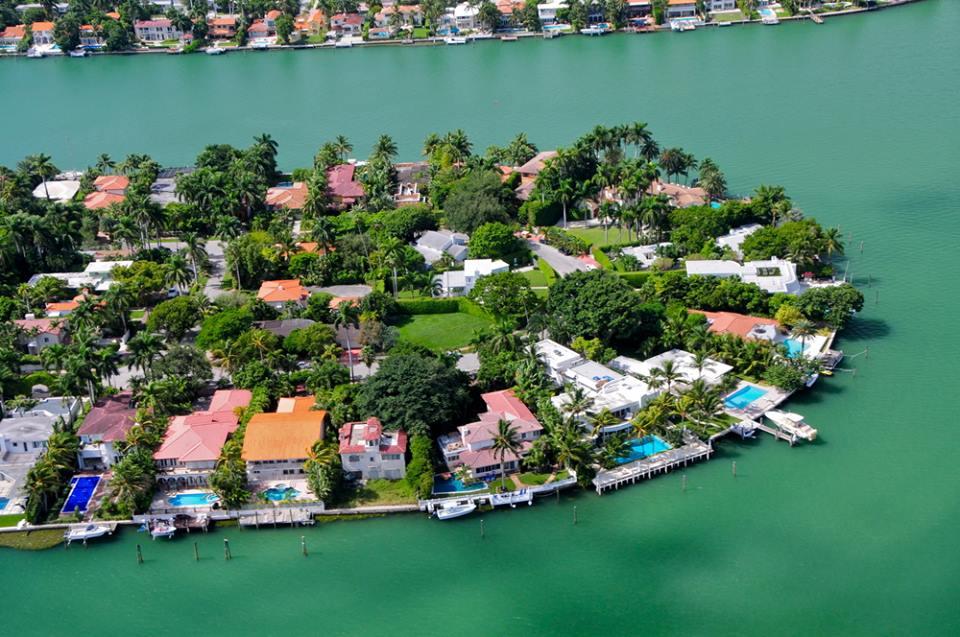 Luxury Homes on Venetian Island Miami Beach Florida
