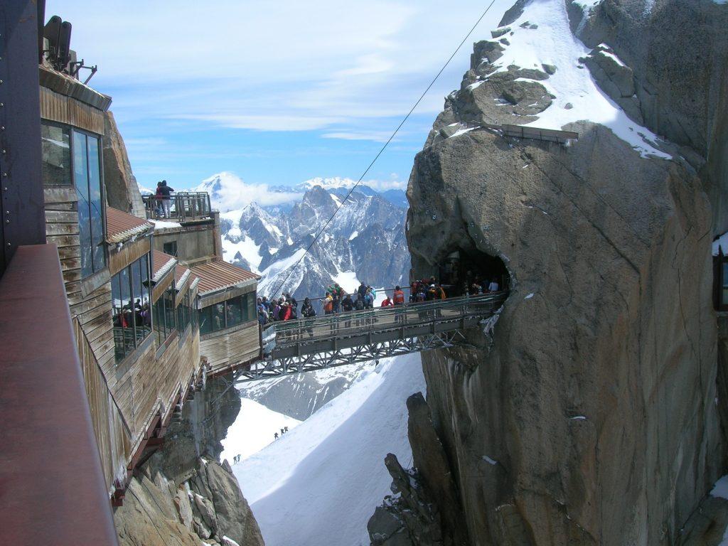 Monte Bianco Ingresso al rifugio dellAiguille du Midi Tag Monte Bianco Montagna Valle dAosta Italia