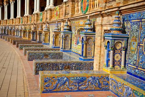 Panchine in ceramica a Plaza de Espana Siviglia Spagna
