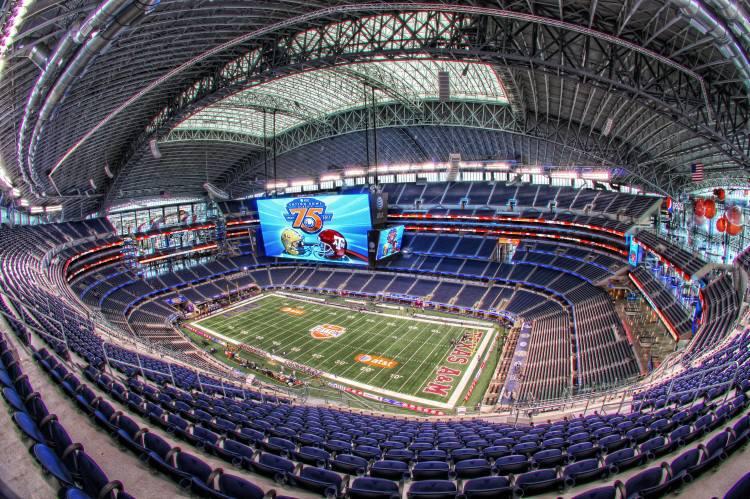 Partita Cowboy Stadium Arlington Texas