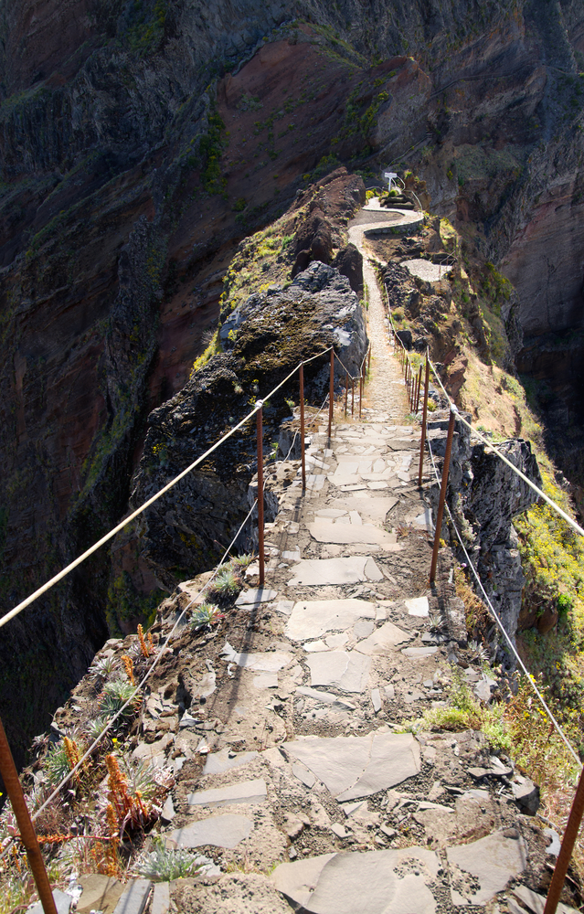 Pico do Areeiro to Pico Ruivo hiking trail Madeira Portugal