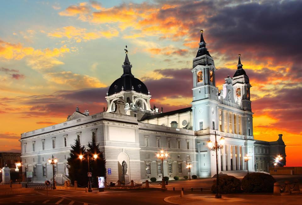 Santa Maria la Real de La Almudena Madrid