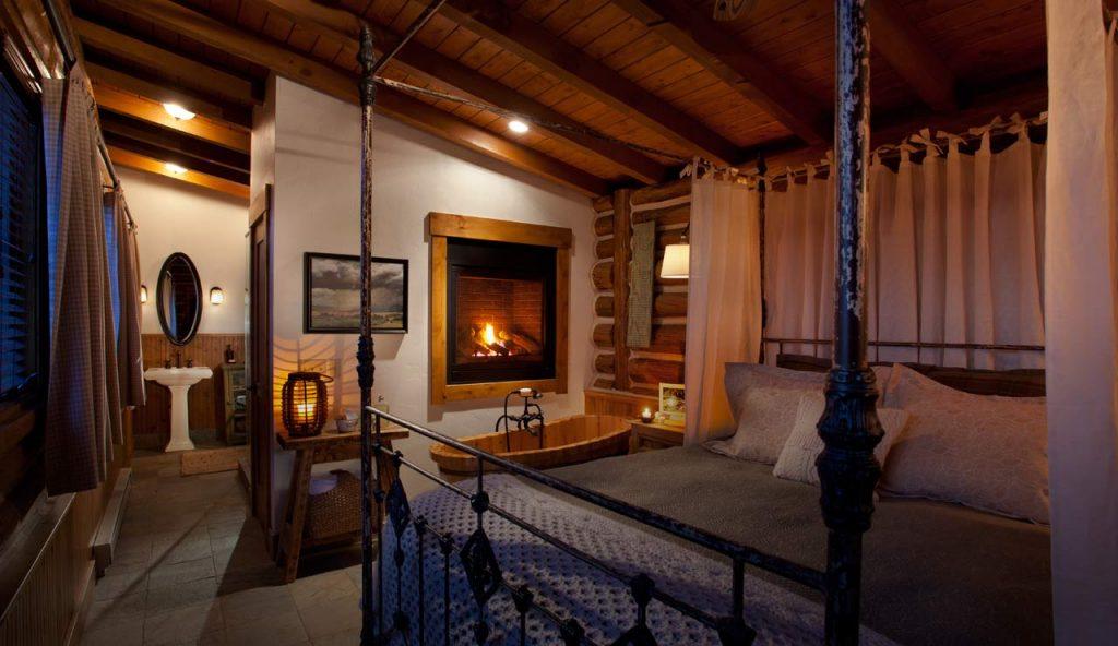 Saratoga WY Brush Creek Ranch bedroom