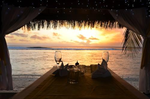 Serena sera da Rarotonga Isole Cook