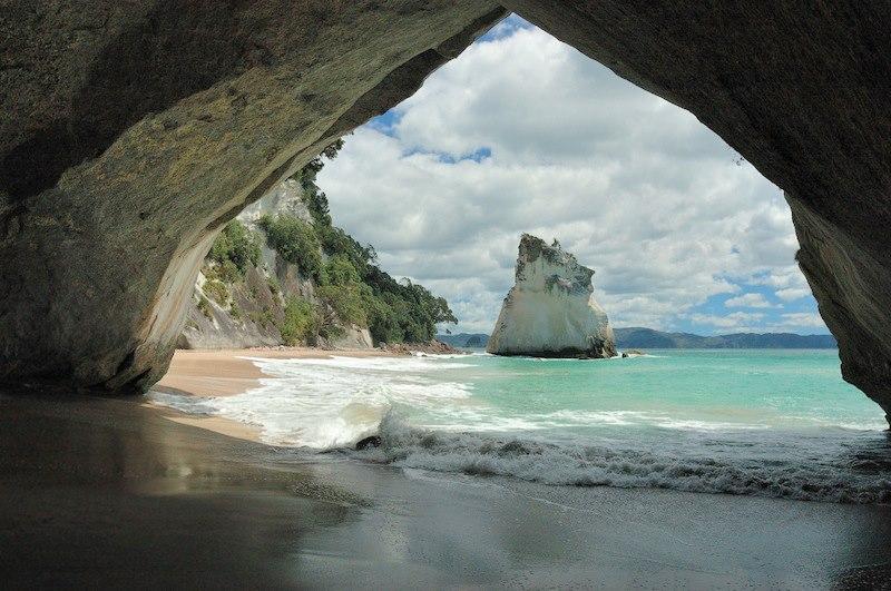 Spiaggia Catedral Cove Nuova Zelanda_n