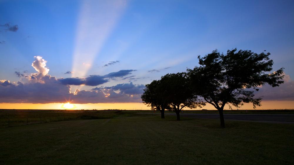 Beautiful summer sunet in western Texas
