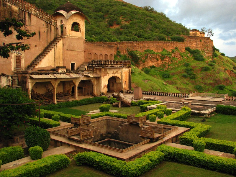Bundi India the beautiful Queens Gardens at the Maharajahs Palace