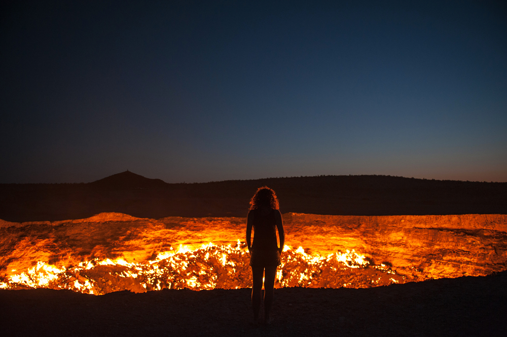 Darvaza Turkmenistan Staring into the flaming gas crater known as the Door to Hell In Darvaza Turkmenistan