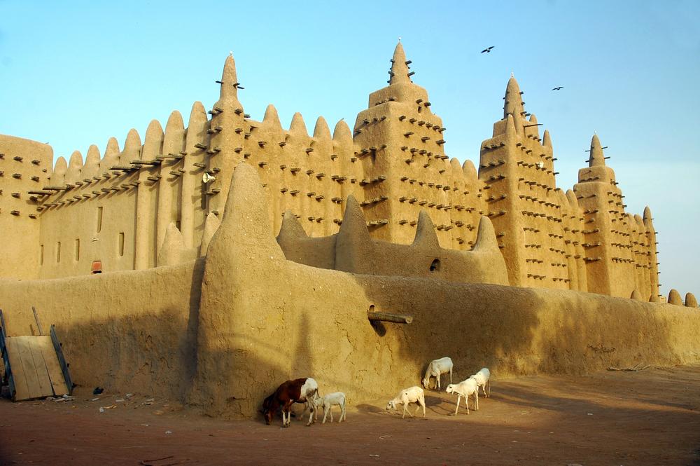 Djenne mud mosque in Mali etiopia