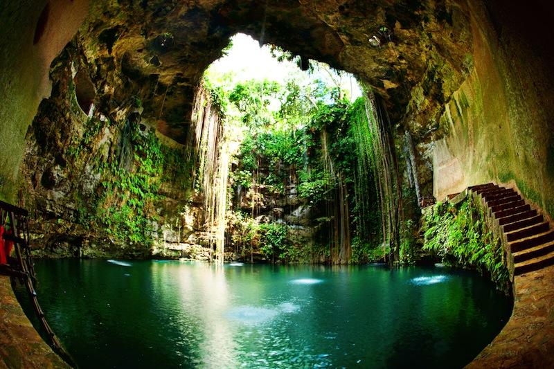 Ik Kil Cenote Chichen Itza Mexico