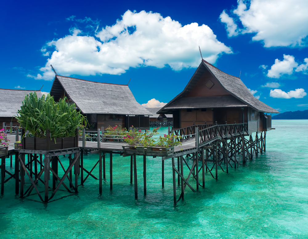 Kapalai island exotic tropical resort in the middle of ocean malesia