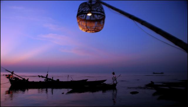 Kep crab market sunset resize