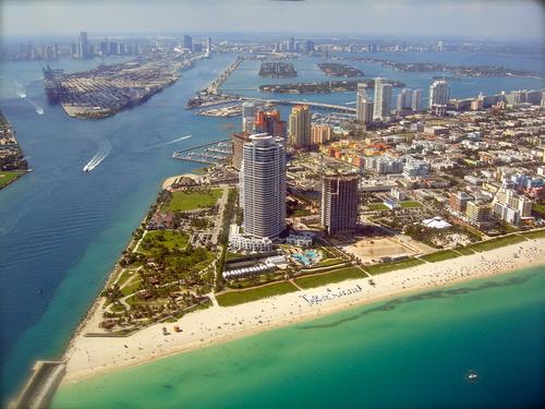 Miami Skyline9 view from Plane