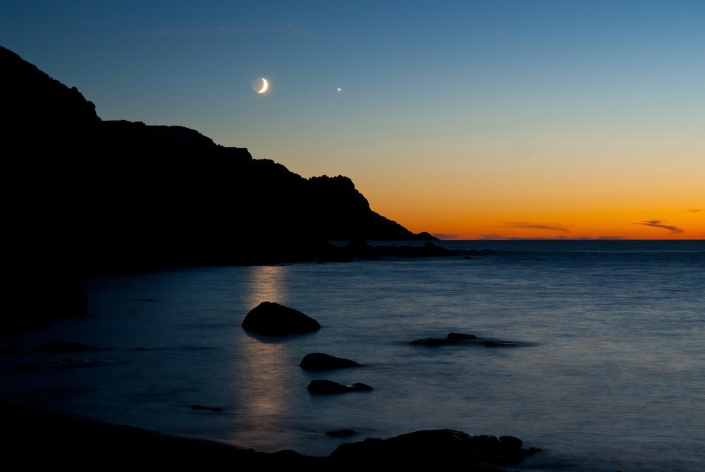 Moon Venus and Mars at Torro del Porticciolo close to Alghero