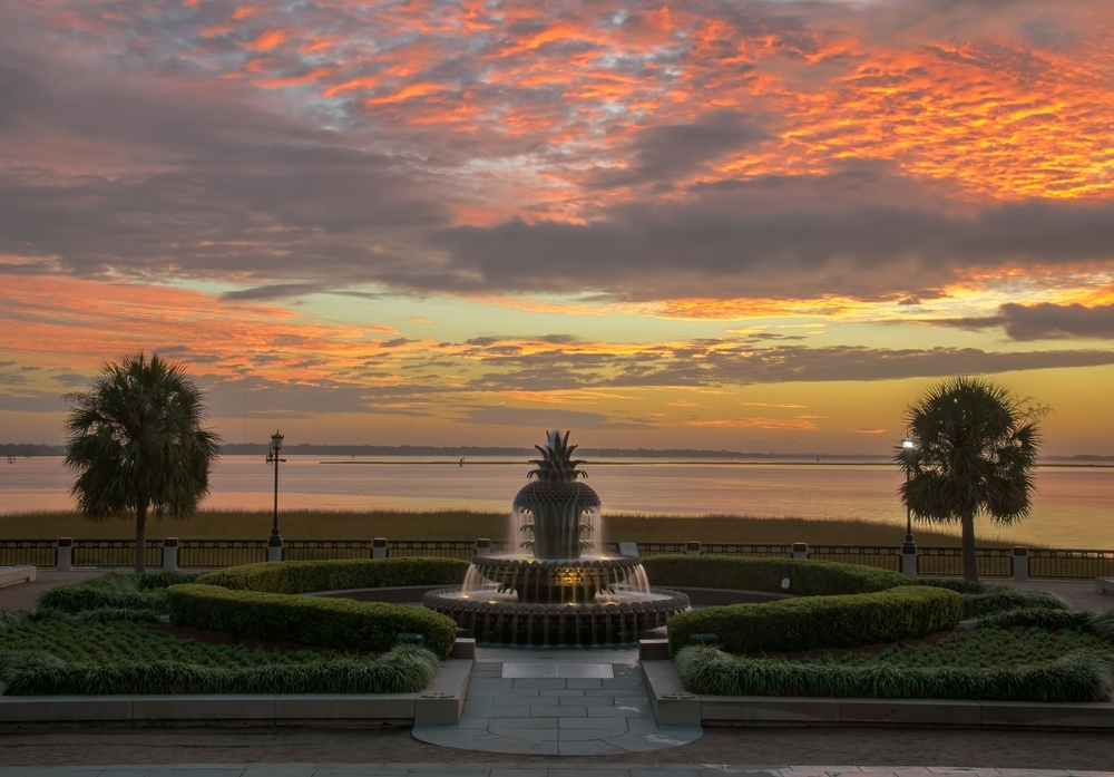 Sunrise at the Pineapple Fountain