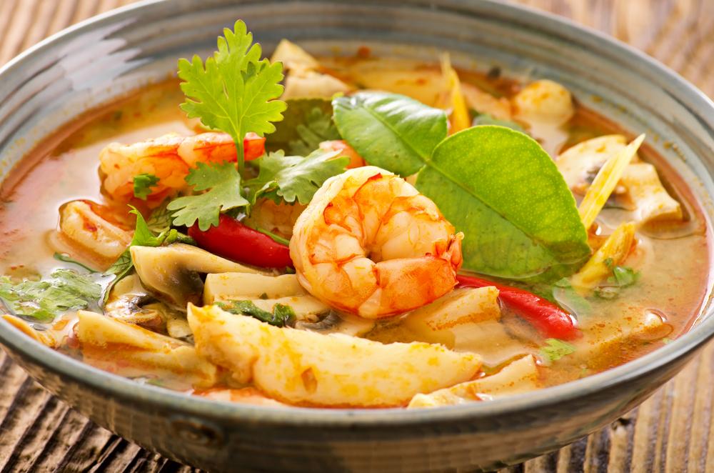 Tom yam nam khon soup5