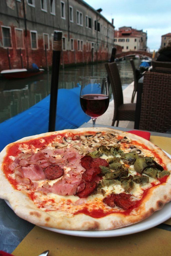 Venice delicious pizza 1