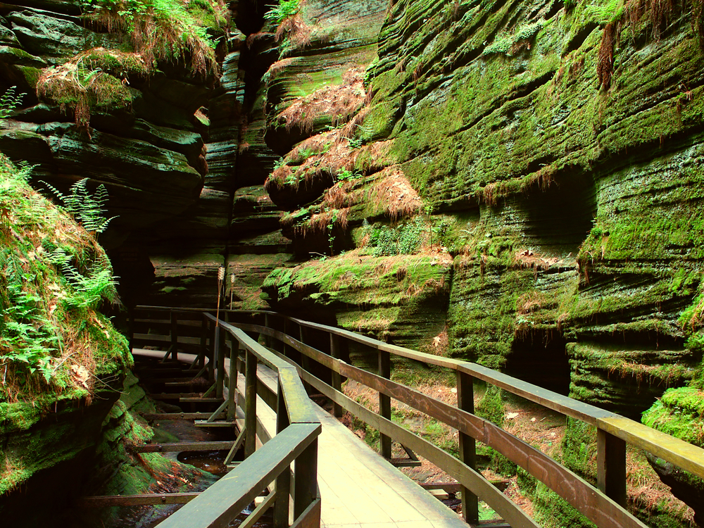 Witches Gulch is a beautiful slot canyon in the Wisconsin Dells wisconsis