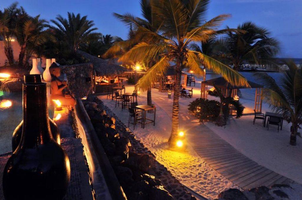 caribbean curacao baoase luxury resort garden view 11