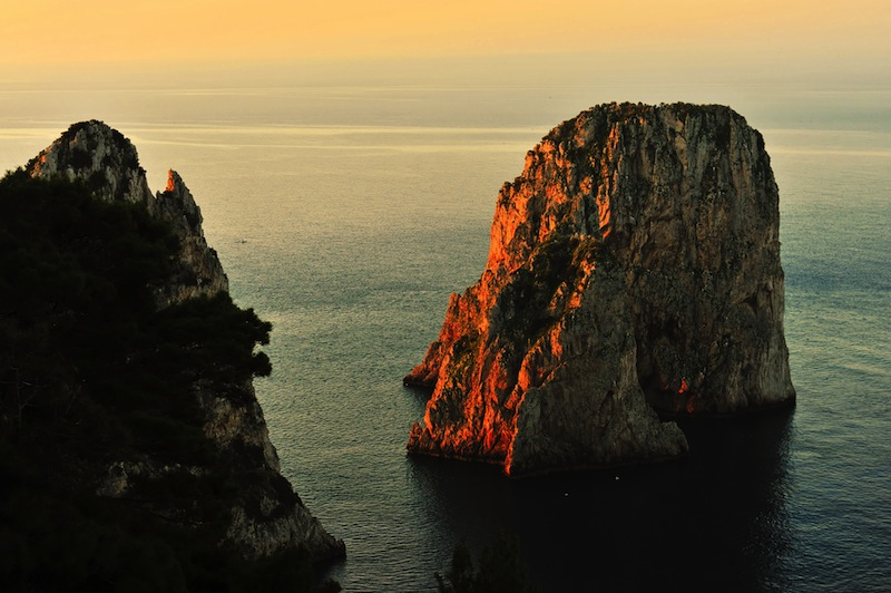 coastline on capri island italy Stoc