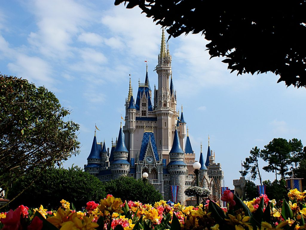 disney_wallpaper___cinderellas_castle 1920x1440