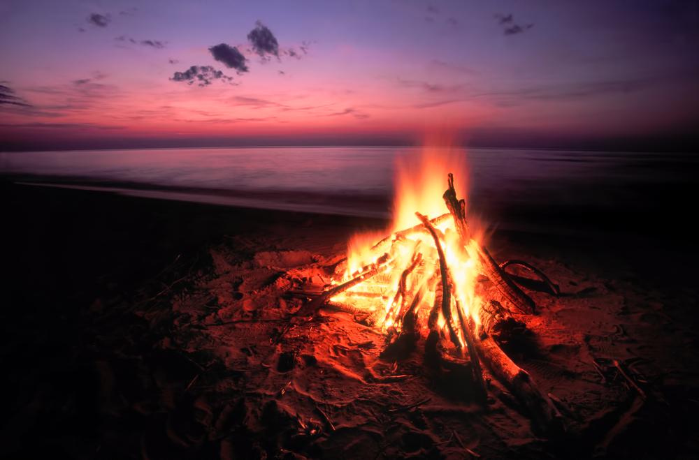 fuoco siaggia
