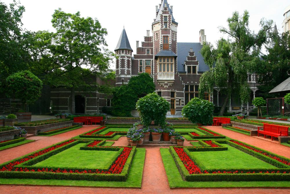 garden in Holland Zoo in Antwerp olanda