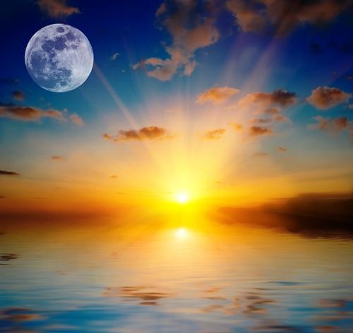 luna tramonto