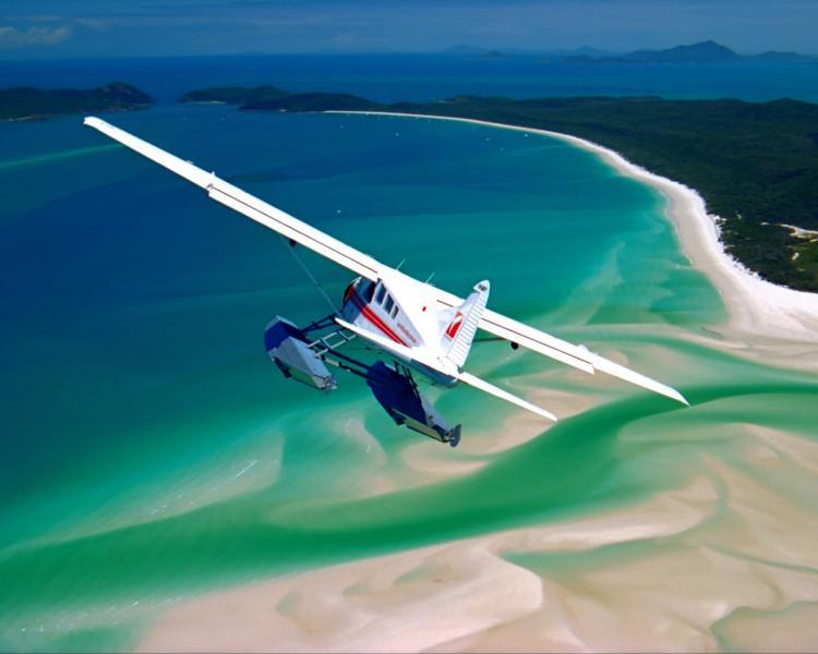 plane over whitehaven 5705