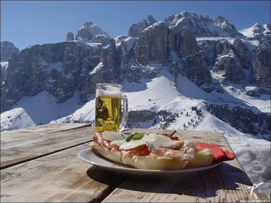 pranzo dolomiti montagna