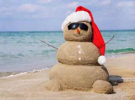 pupazzo neve sabbia