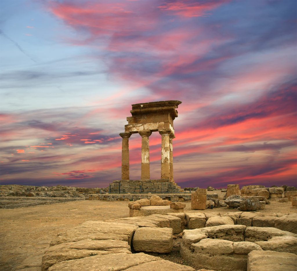 Agrigento ancient greek temple dioscuri vvi century