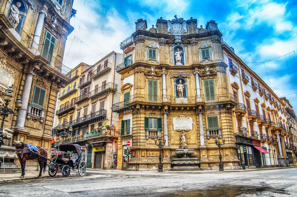 quattro canti piazza vigliena baroque square