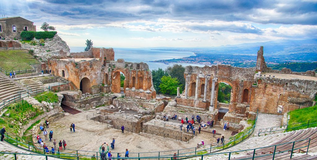 taormina sicily grecoroman